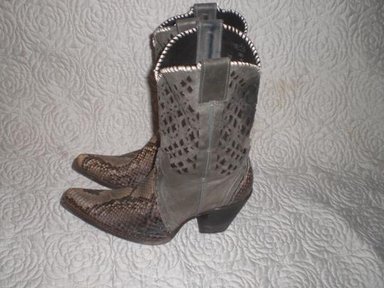 CUADRA Leather gray Boots Image 1