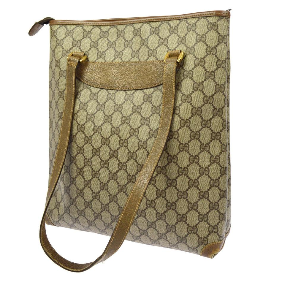 79bd80a50e9 Gucci Interior Pockets Great For Everyday Excellent Vintage Tote in leather  & large G logo print ...