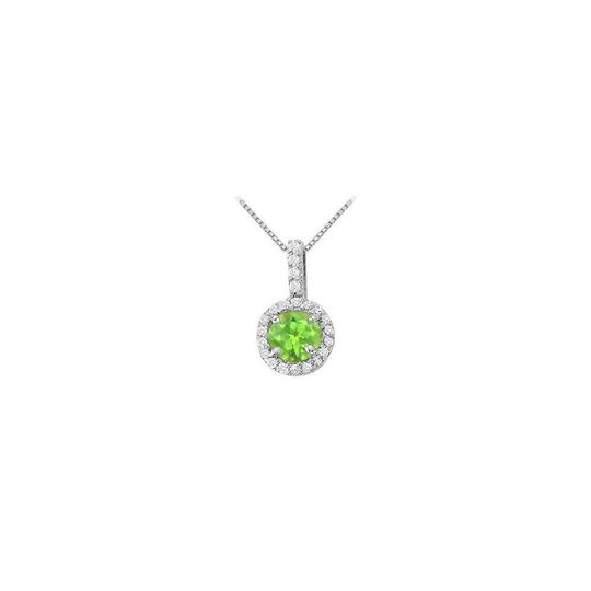 Preload https://img-static.tradesy.com/item/22603675/green-silver-fancy-round-peridot-and-cubic-zirconia-halo-pendant-necklace-0-0-540-540.jpg
