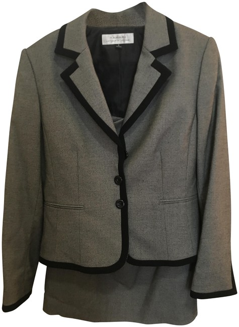 Preload https://img-static.tradesy.com/item/22603862/tahari-gray-and-black-with-skirt-suit-size-8-m-0-1-650-650.jpg