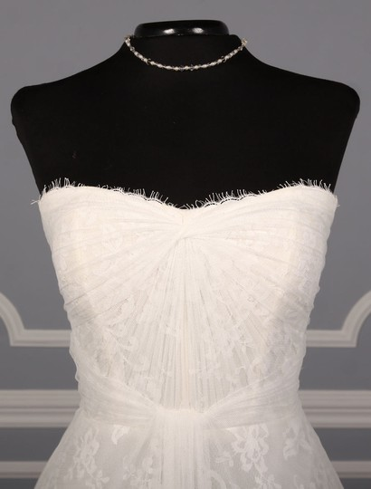Monique Lhuillier Diamond White Spanish Tulle and Lace Sugar Formal Wedding Dress Size 10 (M) Image 1