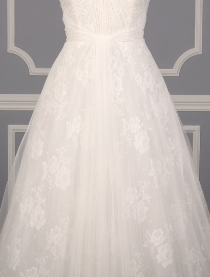 Monique Lhuillier Diamond White Spanish Tulle and Lace Sugar Formal Wedding Dress Size 10 (M) Image 2