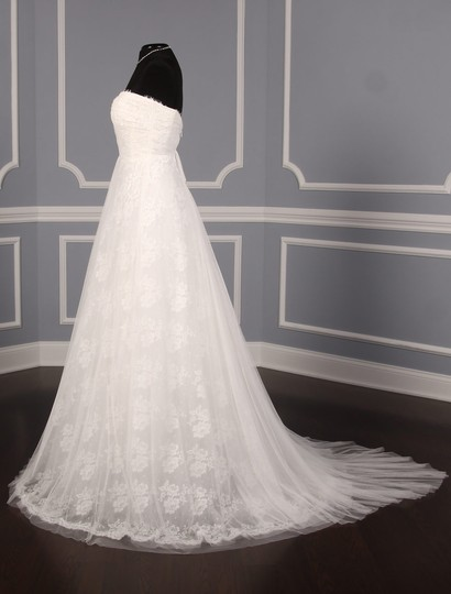 Monique Lhuillier Diamond White Spanish Tulle and Lace Sugar Formal Wedding Dress Size 10 (M) Image 4