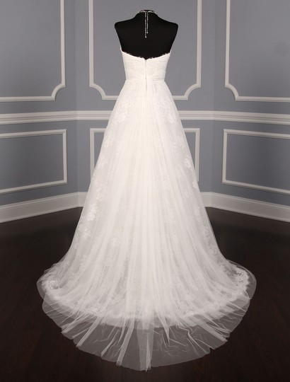 Monique Lhuillier Diamond White Spanish Tulle and Lace Sugar Formal Wedding Dress Size 10 (M) Image 5