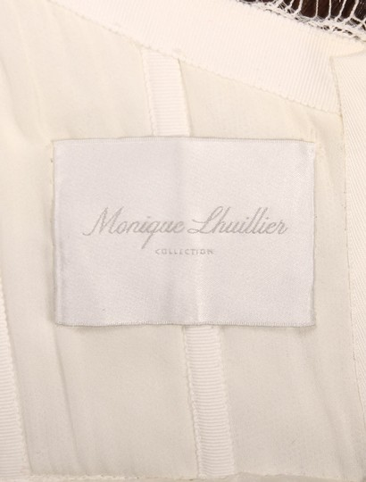 Monique Lhuillier Diamond White Spanish Tulle and Lace Sugar Formal Wedding Dress Size 10 (M) Image 9
