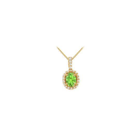 Preload https://img-static.tradesy.com/item/22604184/green-yellow-fancy-oval-peridot-and-cubic-zirconia-halo-pendant-in-gold-vermeil-ove-necklace-0-0-540-540.jpg