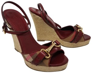 Burberry Nova Check Plaid Ankle Strap Espadrille Hose Check Beige, Brown Wedges