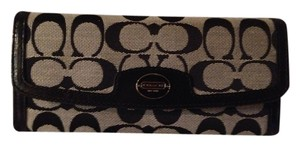 Coach Black/khaki Clutch