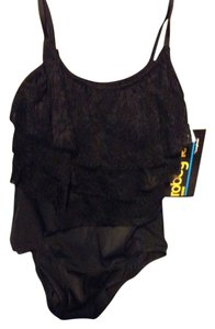 Robbi Len Brand new black swimsuit with lace
