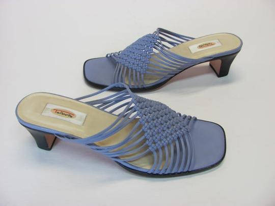 Talbots Size 6.50 Aa Leather Very Good Condition LIGHT PURPLE Sandals