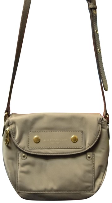 Item - Preppy Natasha Mini Tan Nylon Cross Body Bag