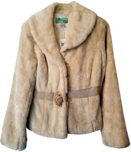Beth Bowley Faux Cream Girly Fur Coat