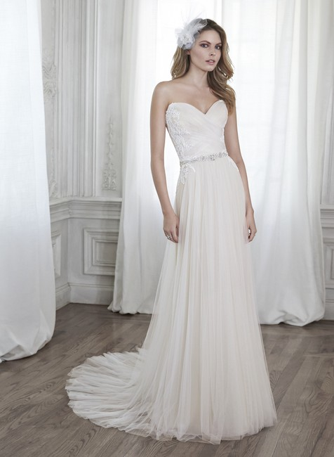 Item - Diamond White Over Nude French Tulle Patience Feminine Wedding Dress Size 0 (XS)