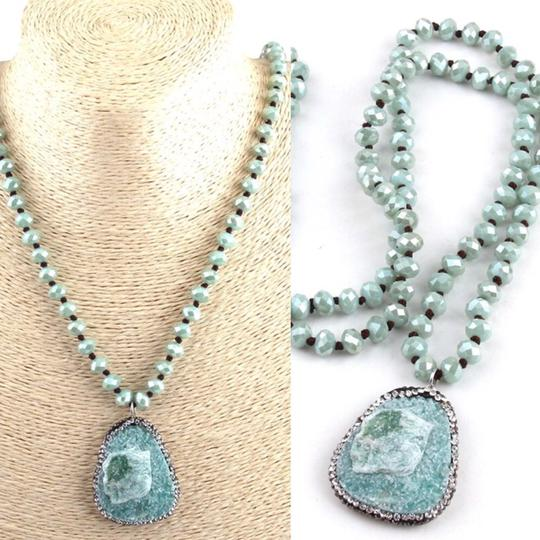 Queenesthershop Fashion Blue /Pink Long Crystal Necklace Image 4