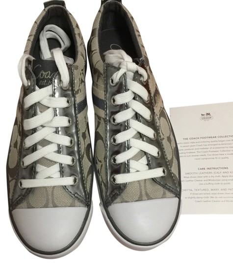 Preload https://item4.tradesy.com/images/coach-sneakers-size-us-75-2261168-0-0.jpg?width=440&height=440