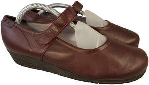 BeautiFeel Arch Support Mary Janes Made In Israel burgundy Wedges
