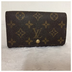 louis vuitton brown porte monogram monnaie women wallet tradesy. Black Bedroom Furniture Sets. Home Design Ideas