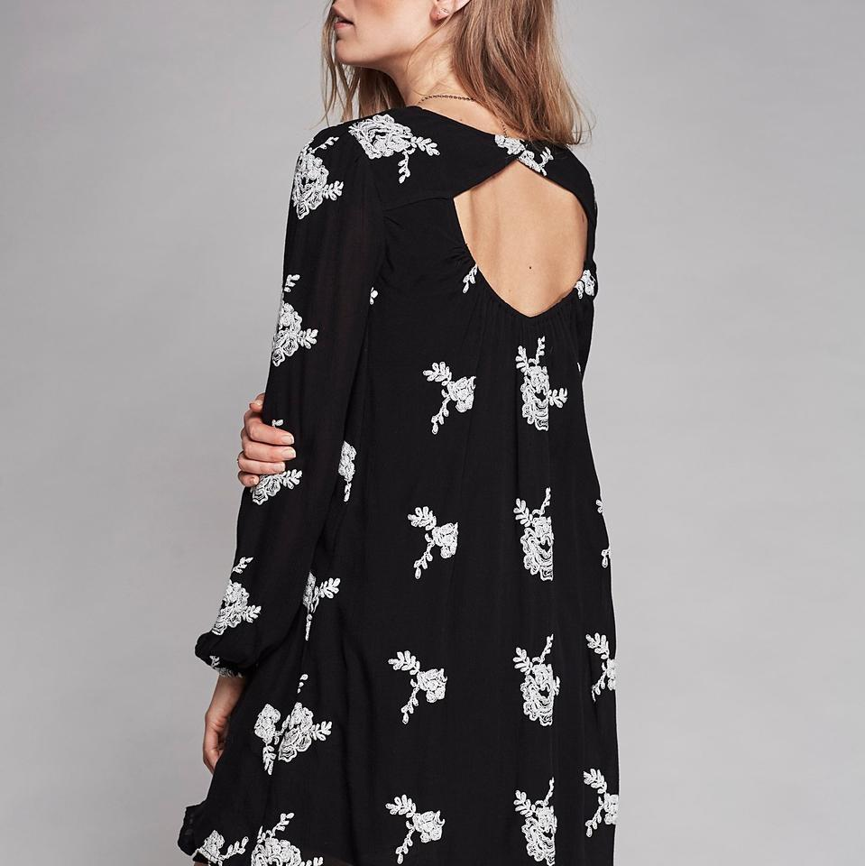 d09fe39f4e20 Free People Black   White Embroidered Austin Short Casual Dress Size ...