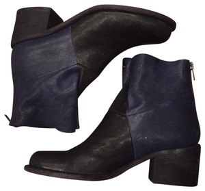 LD Tuttle black and navy Boots
