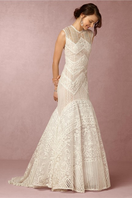 Item - Ivory Lace Blanca Gown By Christos Costarellos - Unaltered Like New Modest Wedding Dress Size 6 (S)