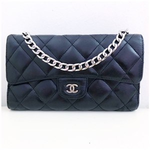 a2573d47f291 Chanel Clutch with Chain - Up to 70% off at Tradesy