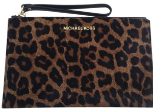 Michael Kors Haircalf Wristlet in Leopard