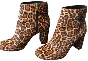 Ann Taylor caramel brown leopard with black trim Boots