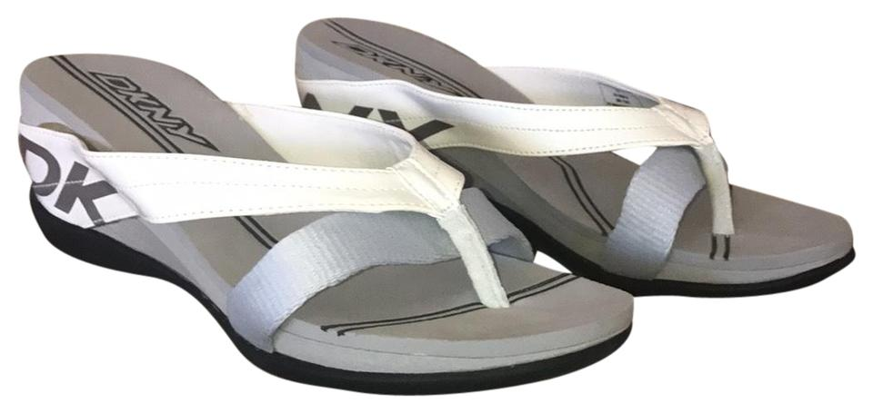 24bd0aa0a71 DKNY Active Thong Sandals Size US 6 Regular (M
