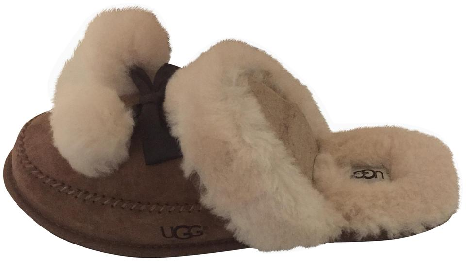 41f5d0240b9 UGG Australia Chestnut Hafnir Suede and Sheepskin Slippers Boots/Booties  Size US 9 Regular (M, B)