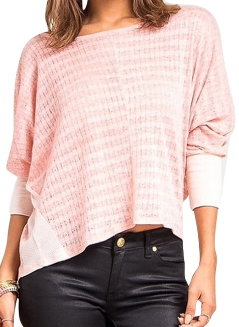 Preload https://item3.tradesy.com/images/hem-and-thread-light-coral-sweaterpullover-size-os-one-size-2261987-0-0.jpg?width=400&height=650