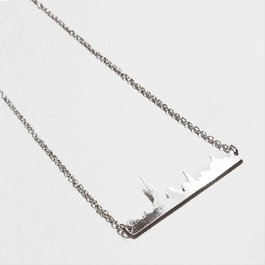 Other Foggy City Necklace Silver