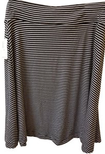 Old Navy Flowy Skirt Black and White Striped