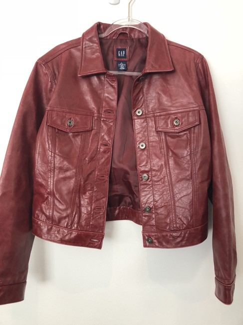 Item - Deep Red Buttoned Jacket Size 12 (L)