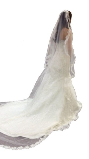Mori Lee Ivory English Lace By Madeline Gardner Feminine Dress Size 4 (S)