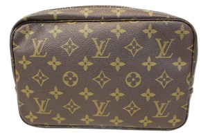 Louis Vuitton Authentic LOUIS VUITTON Monogram Trousse Toilette 23 Pouch