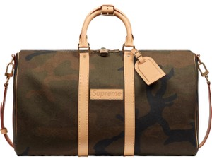 Louis Vuitton x Supreme Limited Edition Duffle Gym Luggage Army green, black and natural leather Travel Bag