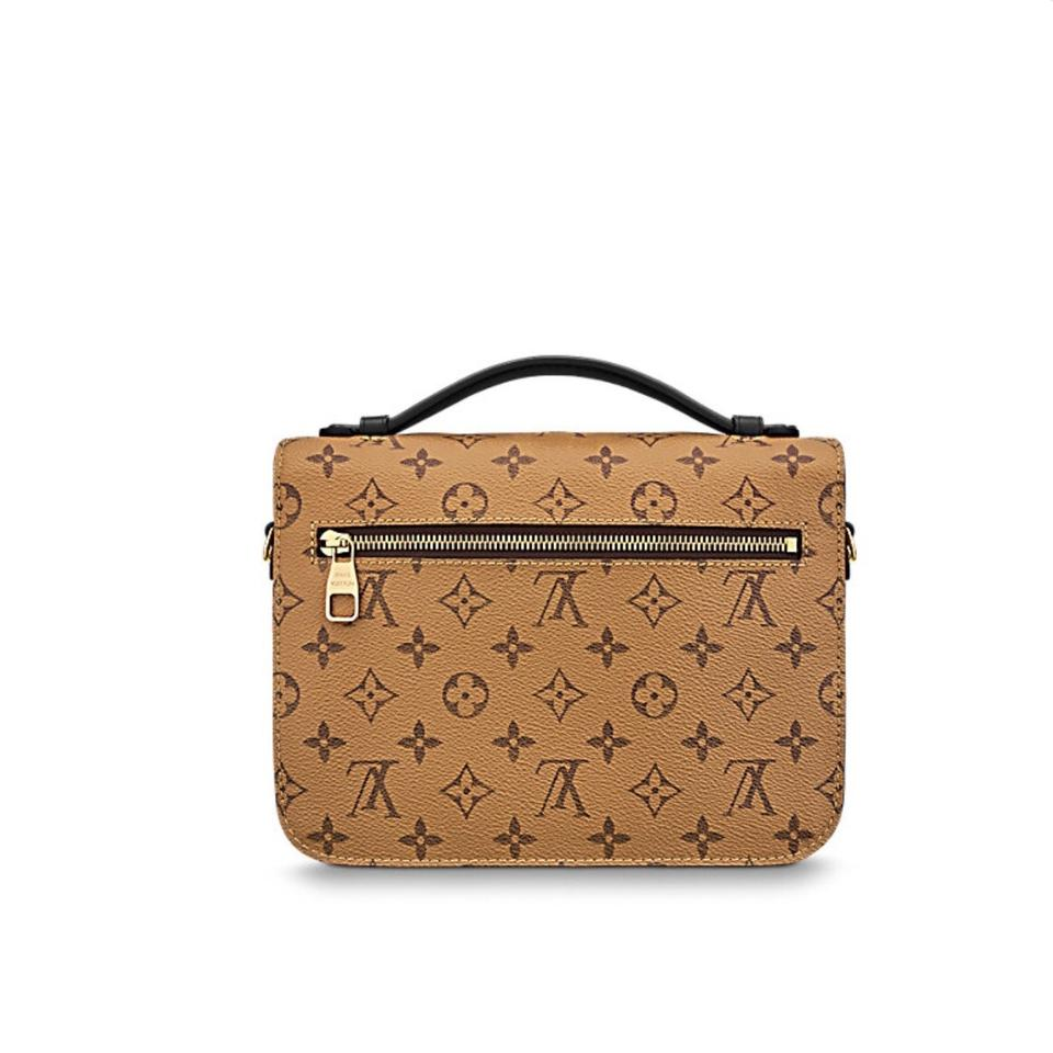 c00ab8acdadb Louis Vuitton Pochette    2017    Metis Sold Out Monogram Reverse ...