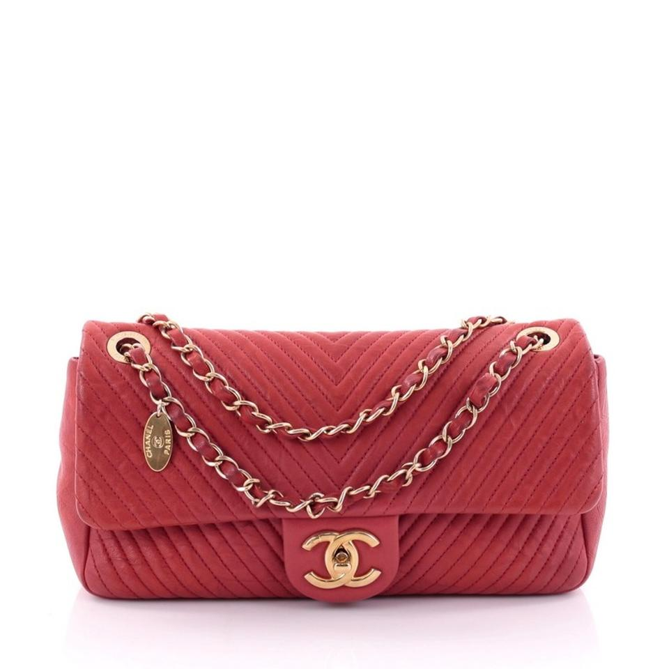 7c4eed374a1d Chanel Classic Flap Medallion Charm Chevron Wrinkled Medium Red ...