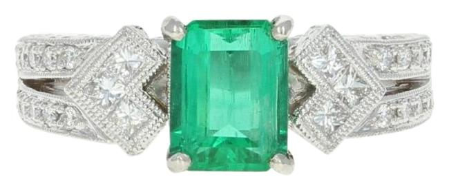 Item - Green New Emerald & Diamond - 900 Platinum Size 6 1/2 Women's 1.53ctw Ring
