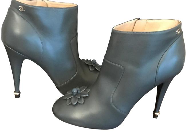 Item - Gray Leather Camellia Flower Ankle Heels Boots/Booties Size EU 39.5 (Approx. US 9.5) Regular (M, B)