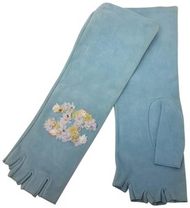 Chanel Pale blue suede Chanel textured CC logo fingerless gloves