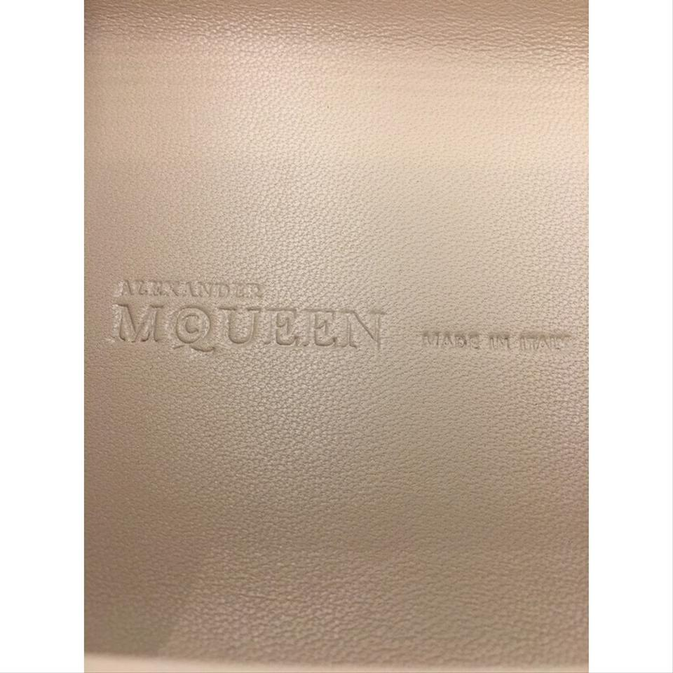 482c137df8539 Alexander McQueen Box Crowned Skull Small White Satin Clutch - Tradesy