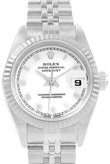 Preload https://item4.tradesy.com/images/rolex-rolex-datejust-ladies-steel-white-gold-white-roman-dial-watch-69174-22635028-0-1.jpg?width=440&height=440