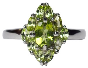 NY Collection Natural Peridot Flower Cluster Ring 925 Sterling Silver 2.95CT Womens