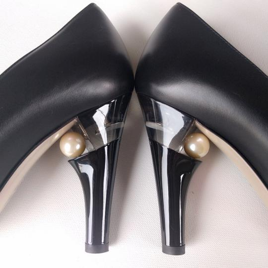Chanel Leather Pearl Lucite Black Pumps Image 2