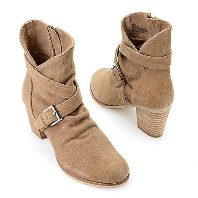 """Matisse Natural(Light Tan Color) """"Harper""""Buckle Detail Real Suede Slouch Boots/Booties Size US 8 Regular (M, B) Matisse Natural(Light Tan Color) """"Harper""""Buckle Detail Real Suede Slouch Boots/Booties Size US 8 Regular (M, B) Image 1"""
