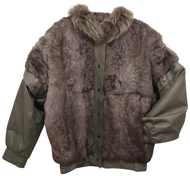 Item - Gray Natural Rabbit W/Fox Collar & Removable Leather Sleeves Coat Size 10 (M)