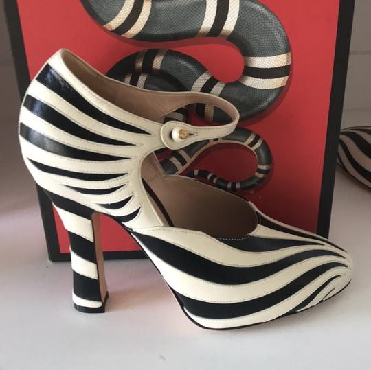 Gucci black white Pumps Image 1