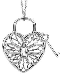 Tiffany & Co. Stunning Filigree Heart Key Pendant Necklace Charm