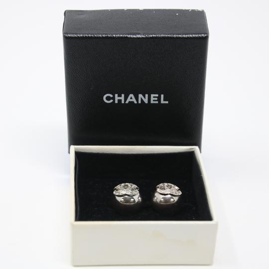 Chanel Signature Silver Grid CC Clip On Round Earrings Image 1